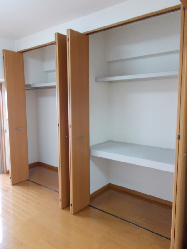 レジデンス19 04030号室の収納