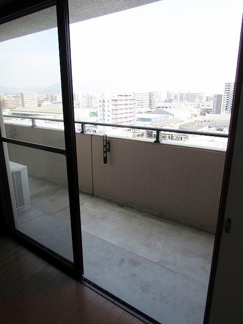 アイタス福岡 09080号室のバルコニー