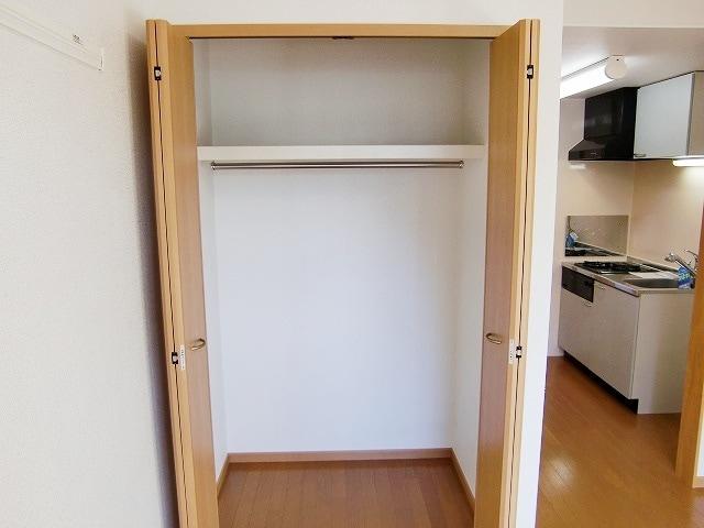 カーサ ヴェンティ 04020号室の収納