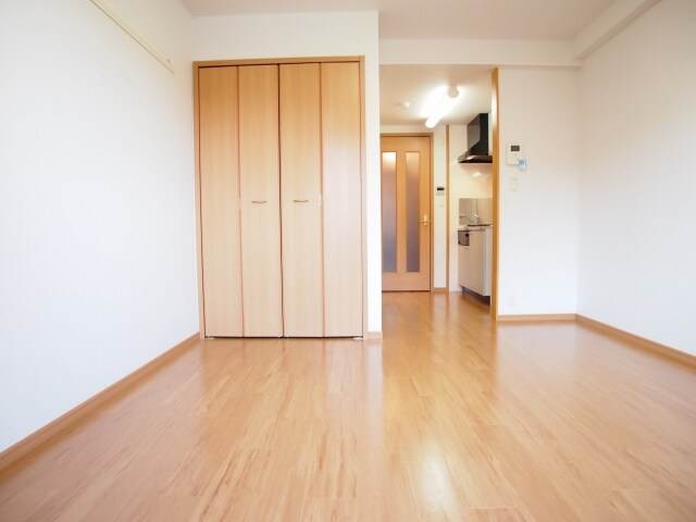 カーサ ヴェンティ 05020号室の居室