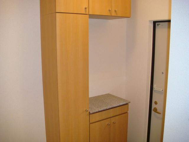 エンジェル・ハート 01010号室の玄関