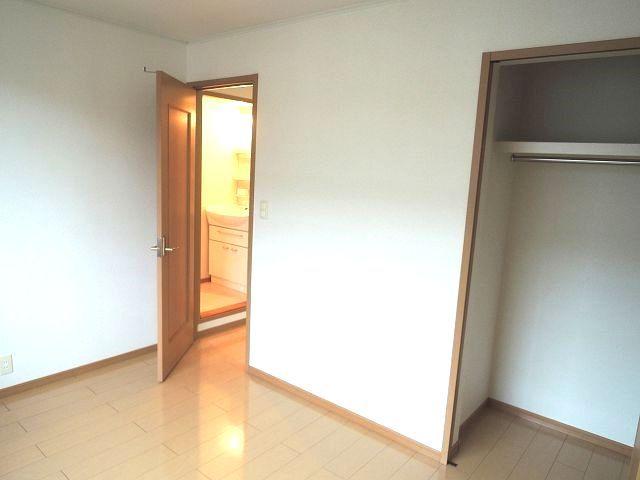 モーヴ・カミカ 02030号室の収納