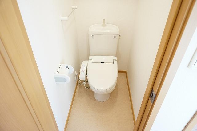 プリミエールレジデンスⅠ 01010号室のトイレ