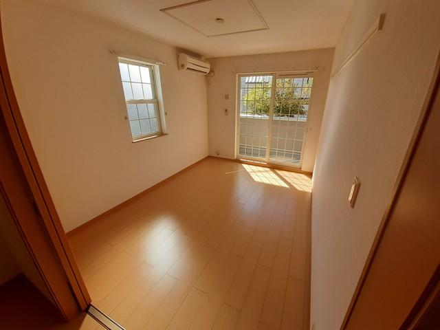 センター・フィールド 01040号室の居室