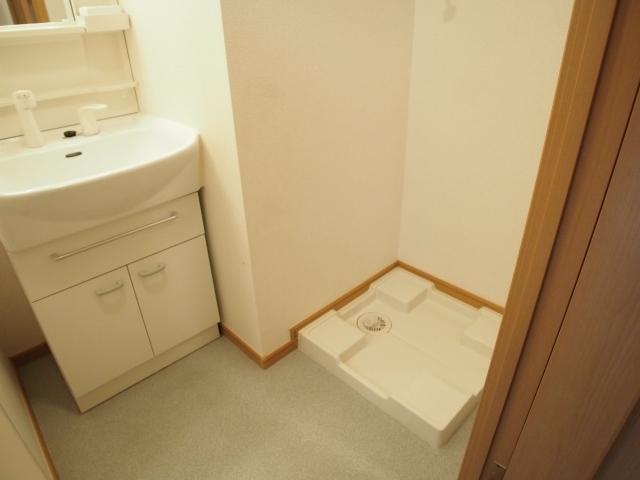 メルヴェーユ 05040号室の洗面所