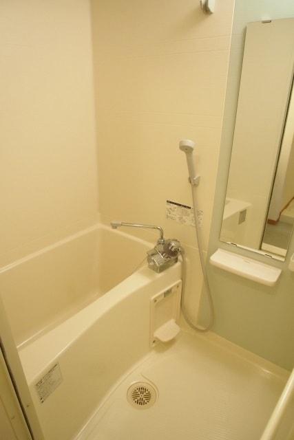 メルヴェーユ 06050号室の風呂