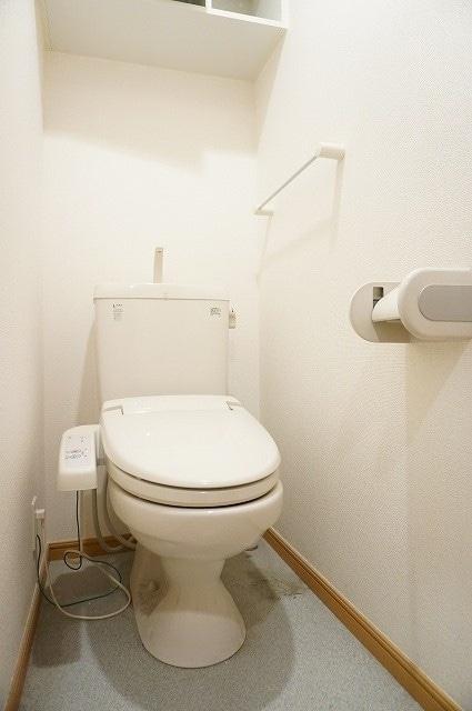 メルヴェーユ 06050号室のトイレ
