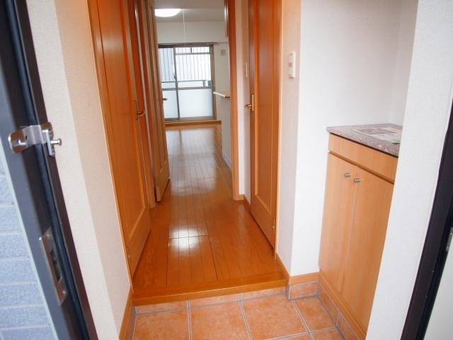 メルヴェーユ 07030号室の玄関