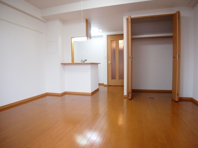 メルヴェーユ 07030号室の収納