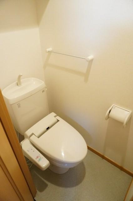 メルヴェーユ 08010号室のトイレ