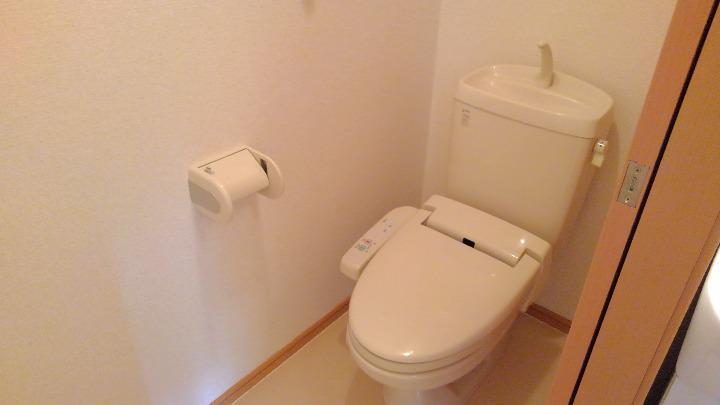 ベルマ-シュ 01010号室のトイレ
