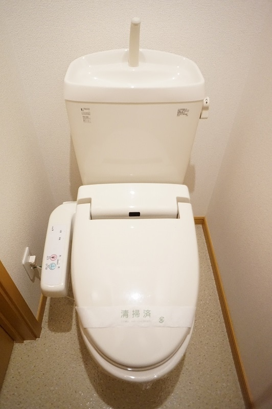 サンパティークⅣ 02010号室のトイレ
