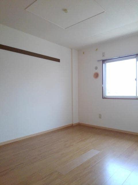 ニューシティ丸山 01030号室のリビング