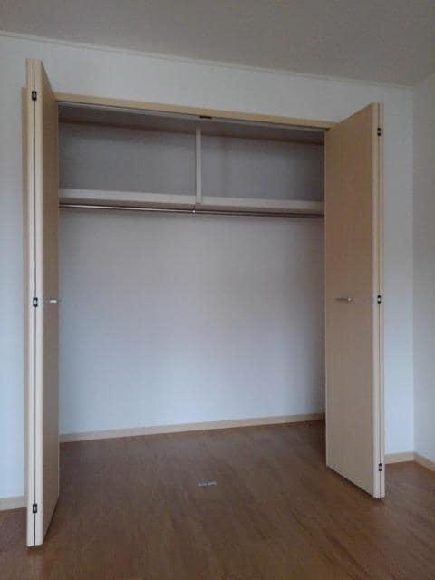 ニューシティ丸山 01030号室の収納