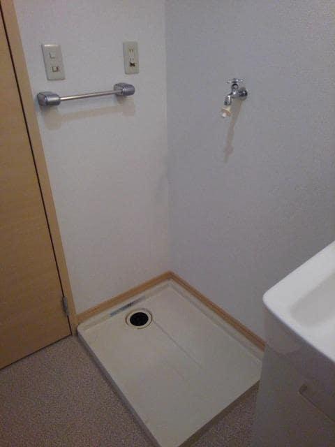 ニューシティ丸山 01030号室のトイレ
