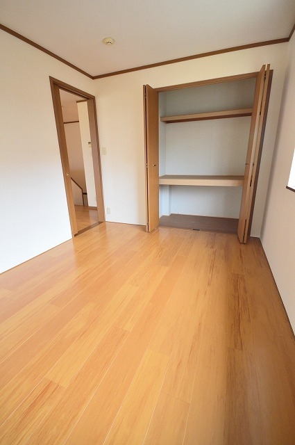 グランディールA 02040号室の収納