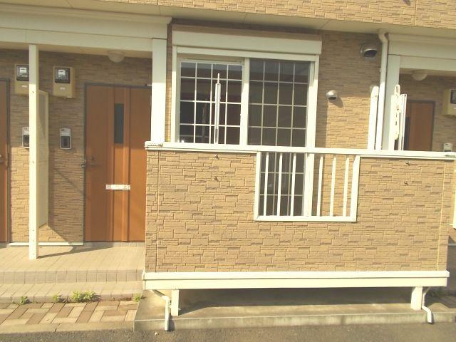 クレストヒルズ 01030号室の玄関