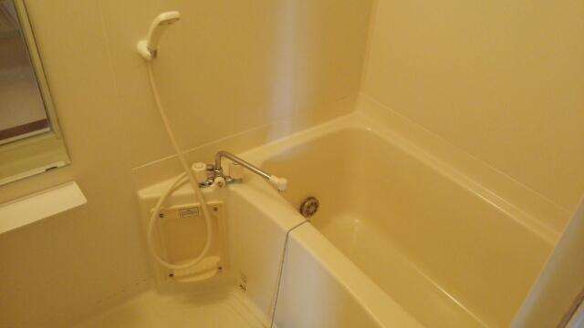 プリムローズ 02010号室の風呂