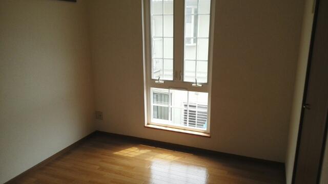 プリムローズ 02010号室の居室