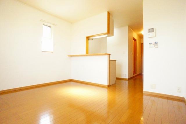 プリムラ 02040号室のリビング