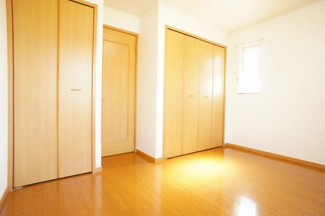 プリムラ 02040号室の居室
