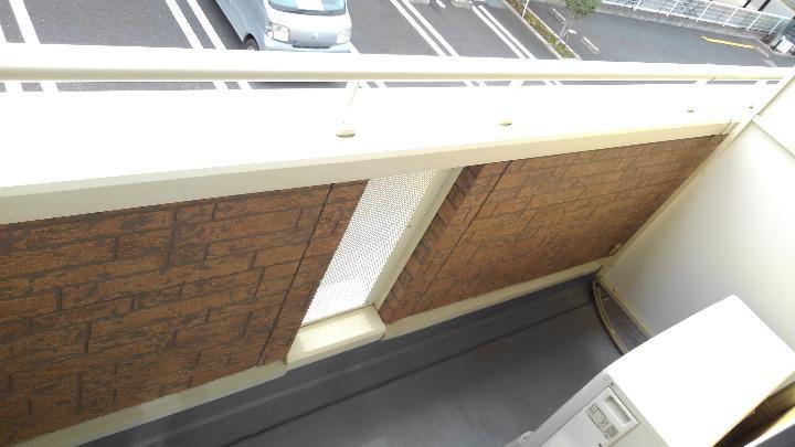 パインズデフィⅡ 02030号室の駐車場