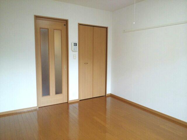 メゾン ソレイユ 01030号室のリビング