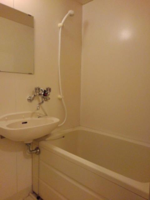 エルディム・城西B 02020号室の風呂