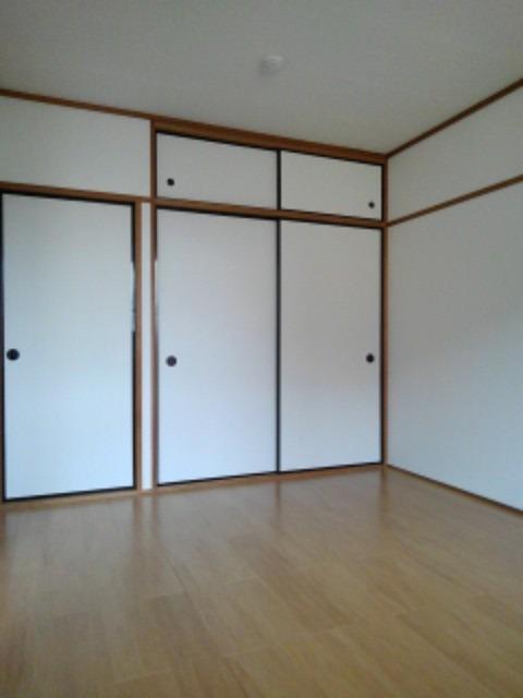 エルディム・城西B 02020号室のエントランス