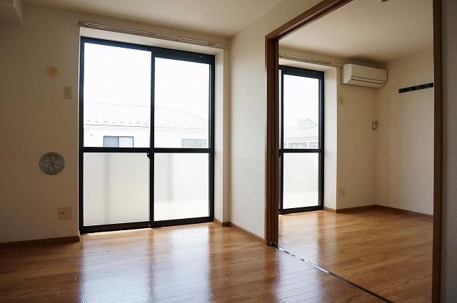 フォレストコートB 02040号室の居室