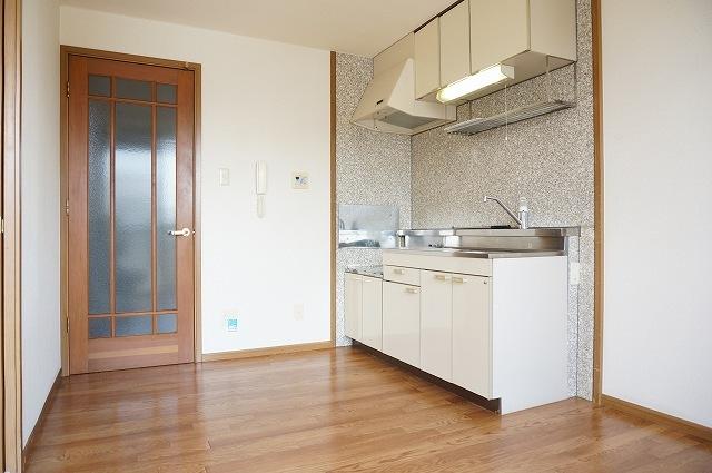 フォレストコートB 02040号室のキッチン