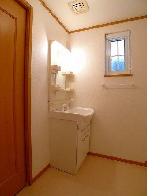 パステークガーデンA 02010号室の洗面所