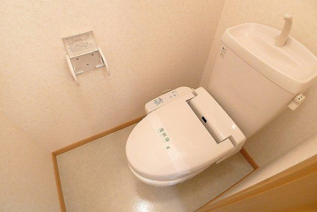 パステークガーデンA 02010号室のトイレ