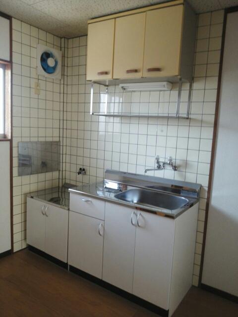 シティハイツ天伯Ⅱ 02030号室のキッチン