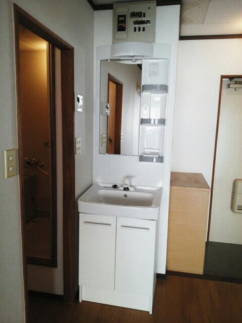 シティハイツ天伯Ⅱ 02030号室の洗面所