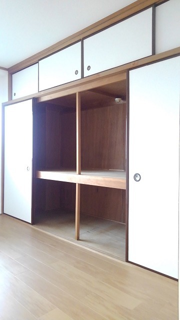 ソシア新宿 03010号室の収納