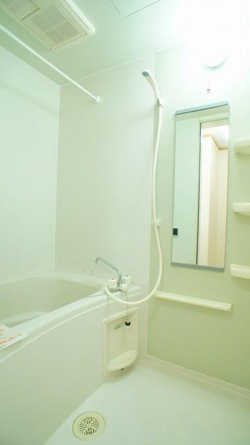 ファンタジアC 02030号室の収納