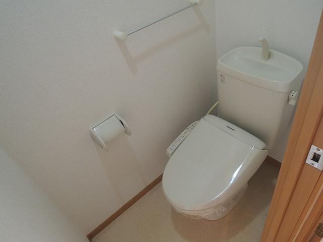 マッティーナ 02010号室のトイレ
