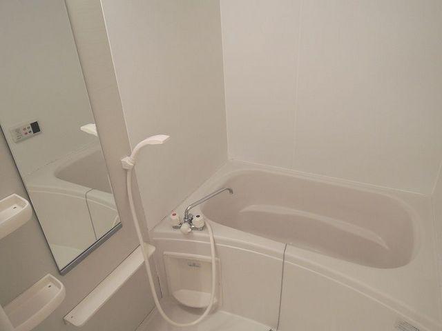 マッティーナ 02010号室の風呂