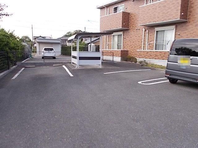 エスティーロ 02030号室の駐車場