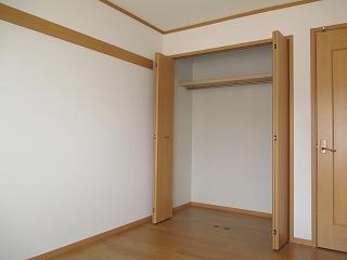コルティーレ B 02020号室の収納