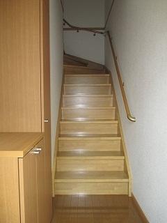 コルティーレ B 02020号室の玄関