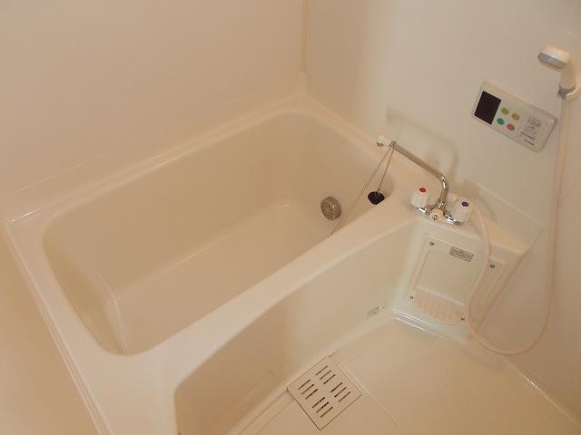 アムールⅠ 01010号室の風呂