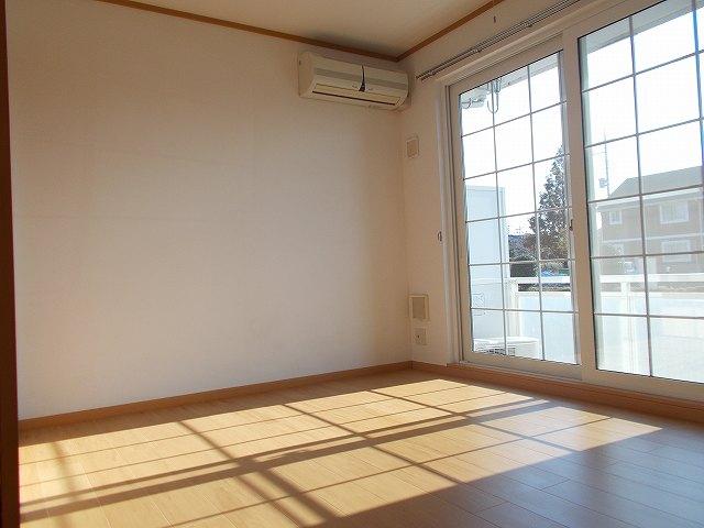 アムールⅠ 01010号室の居室