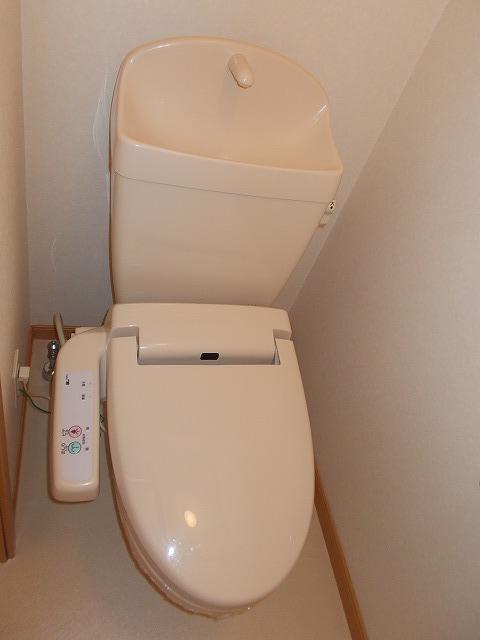 アムールⅠ 01010号室のトイレ