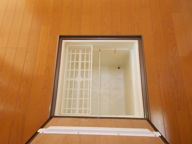 アムールⅠ 01010号室の収納