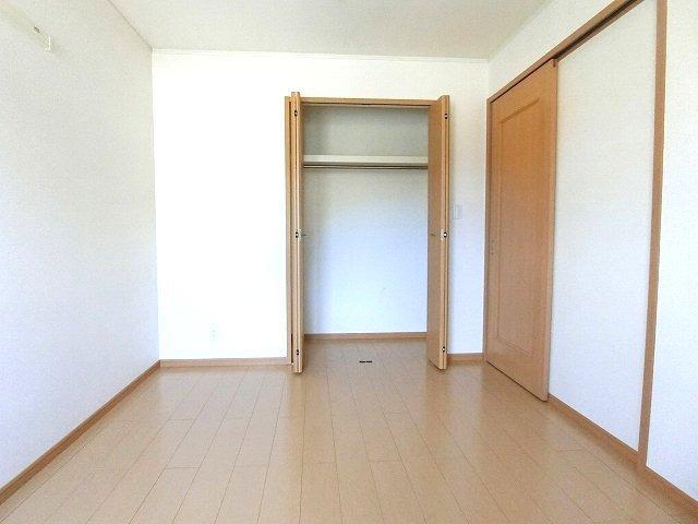 ブリッサa 02040号室の収納