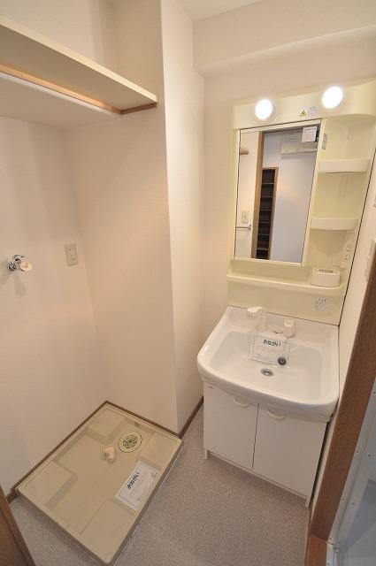ビオラ・パラッツォ 07030号室の洗面所