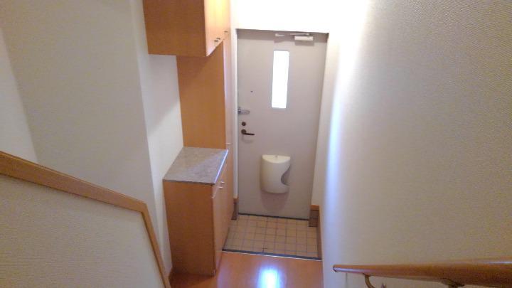 サニー・K 02030号室の玄関