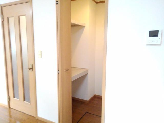 サンパティーク 01040号室のトイレ
